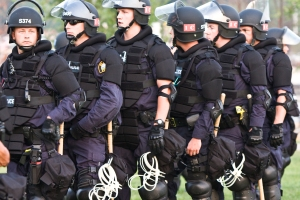 RNC_Riot_Cops_2820973695_o_St_Paul_2008