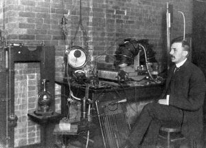 Ernest_Rutherford_1905